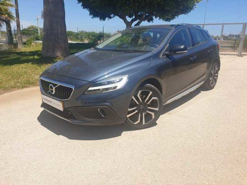 Volvo V40 Cross Country D3 150Cv Momentum